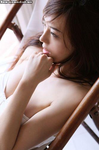 Cica Zhou